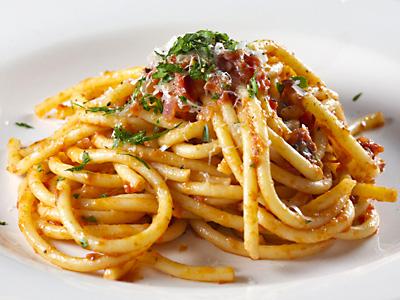 verschillende soorten pasta sauzen