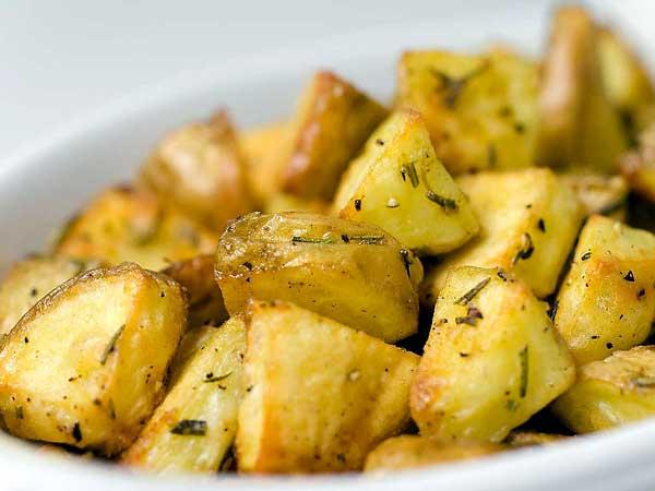 gekookte aardappels uit de oven